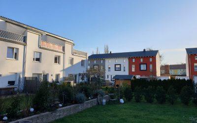 Neubau von Reihenhäusern in der Rogätzer Straße
