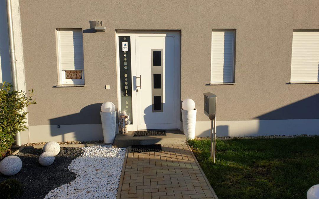 Reihenhäuser und Einfamilienhaus im Unterhorstweg